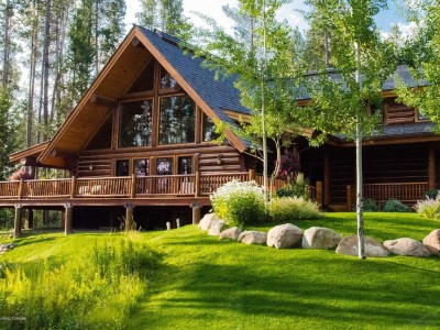 Crescent H Ranch Log Home Image