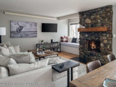 Cool Condo in the Aspens Wilson Residential