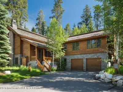 3093 W ARROWHEAD ROAD Teton Village Residential