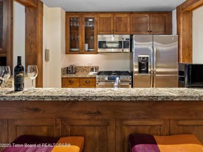 7680 N GRANITE LOOP RD Teton Village Residential