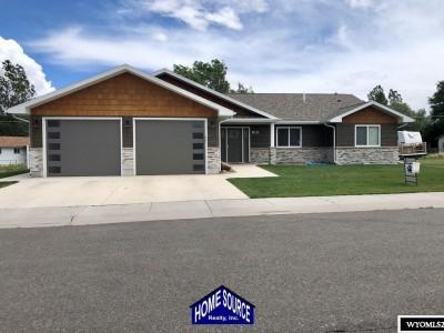 915 Timber Drive Lander Residential