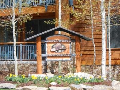 3340 W CODY LN Teton Village Residential